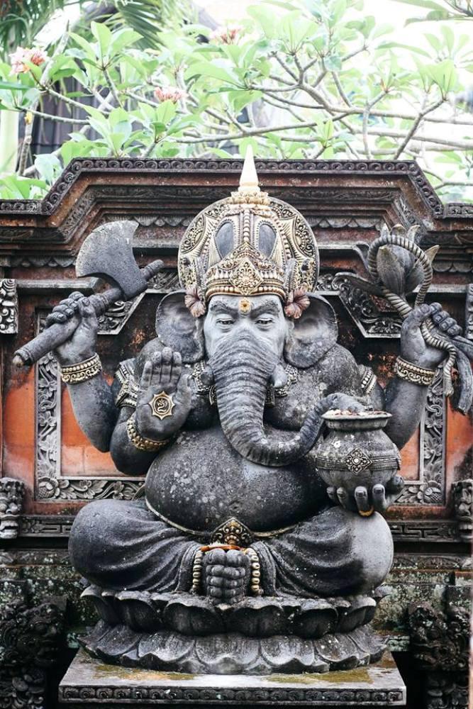 Hinduismus in Ubud auf Bali an jeder Ecke