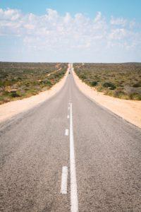 Never ending Road in Western Australien - Weglaufen vor Gedanken und Gefühlen geht nicht